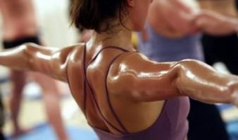 8 Benefits of Hot Yoga